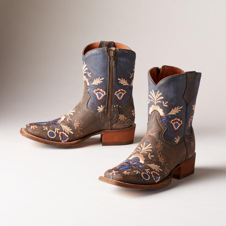 STARS & LILIES BOOTS