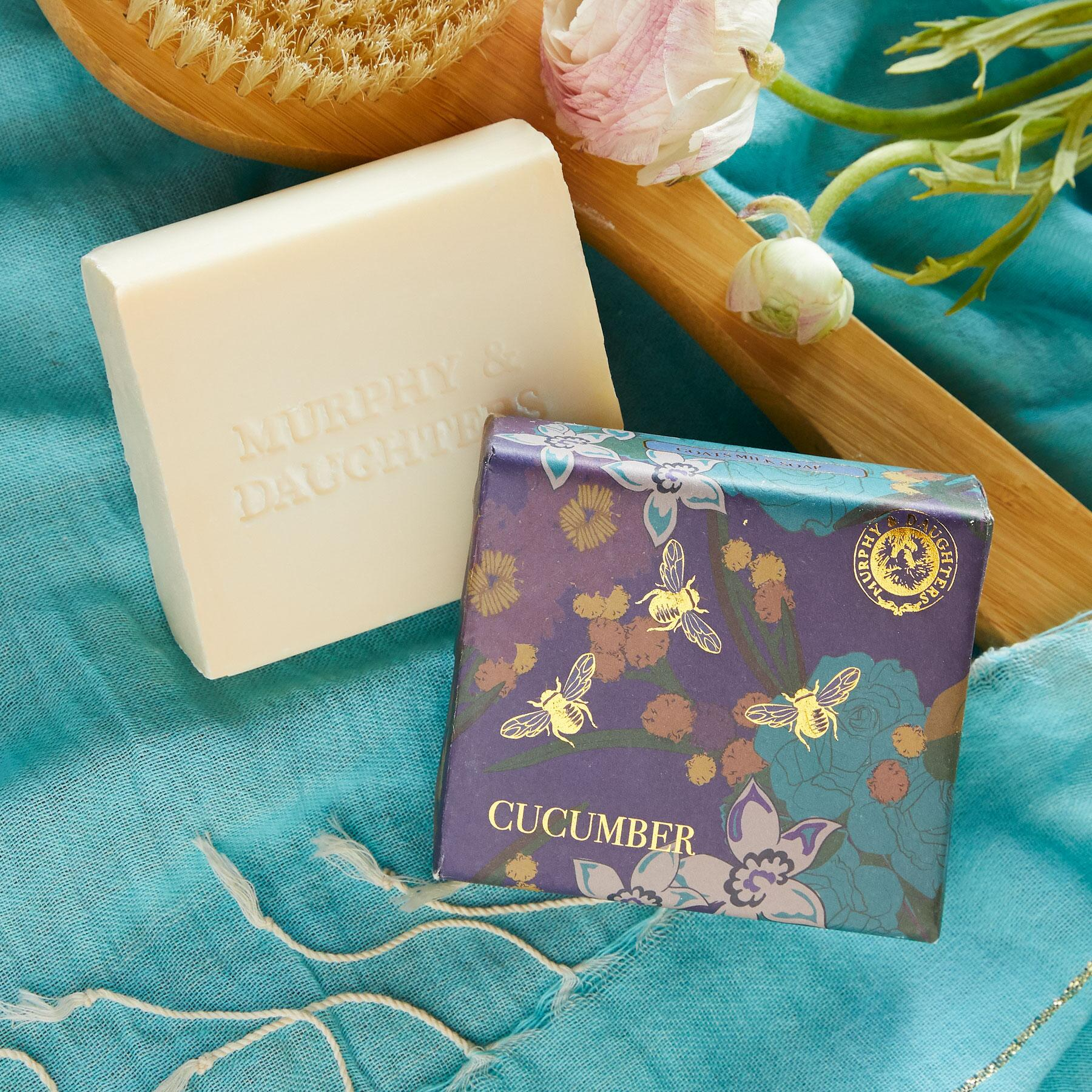 MURPHY & DAUGHTERS BOTANICAL SOAP: View 1