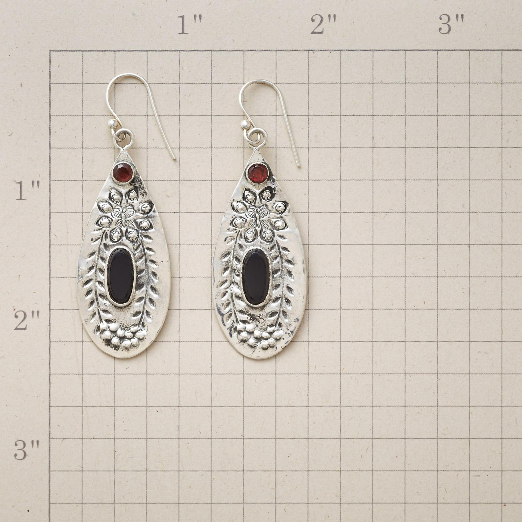ONYX ISLAND EARRINGS: View 2