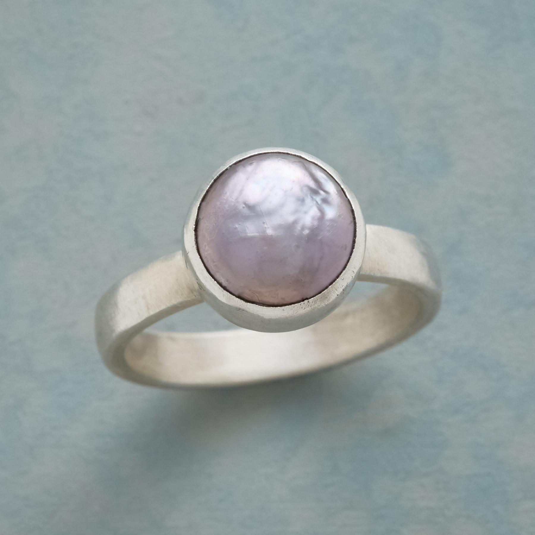 PEARL SHIMMER RING: View 1