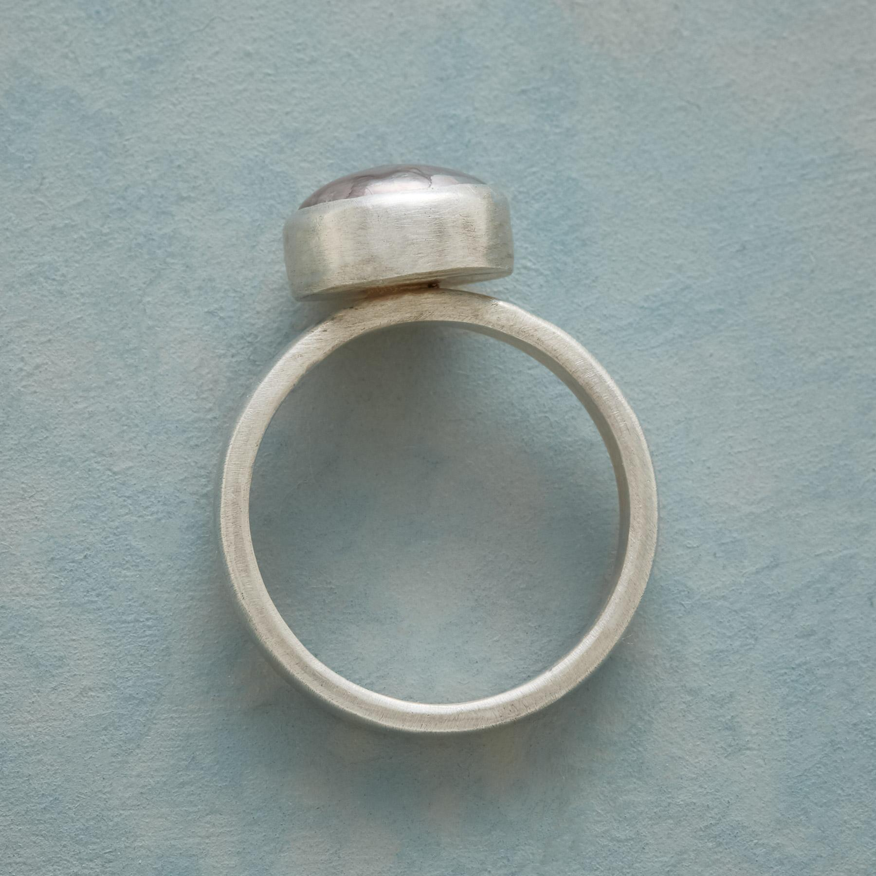 PEARL SHIMMER RING: View 2