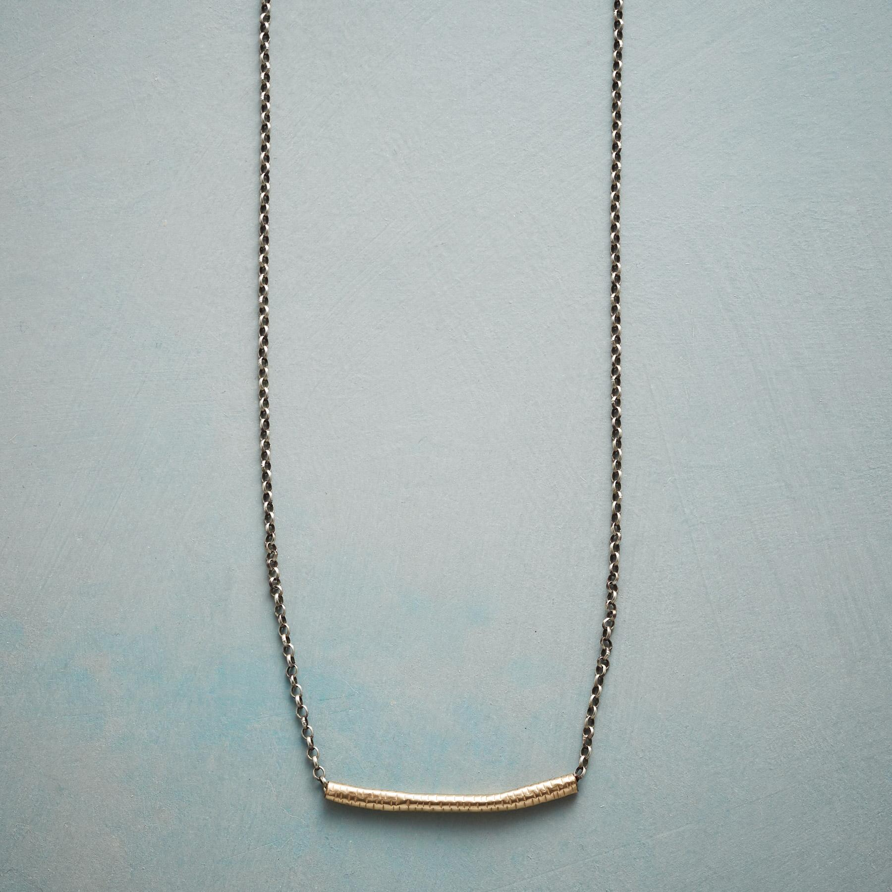 BELLE BAR NECKLACE: View 1
