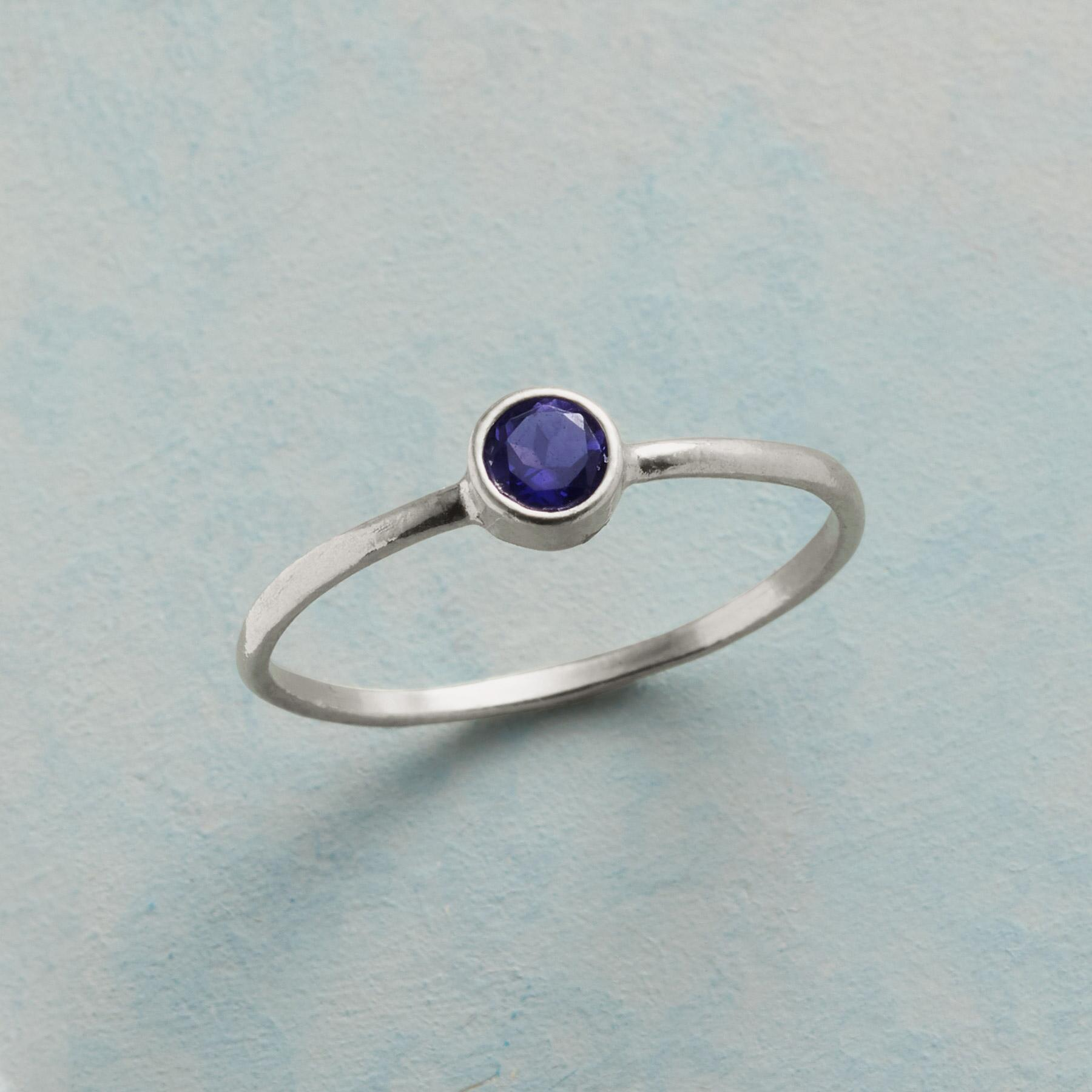 BLUE POINT RING: View 1