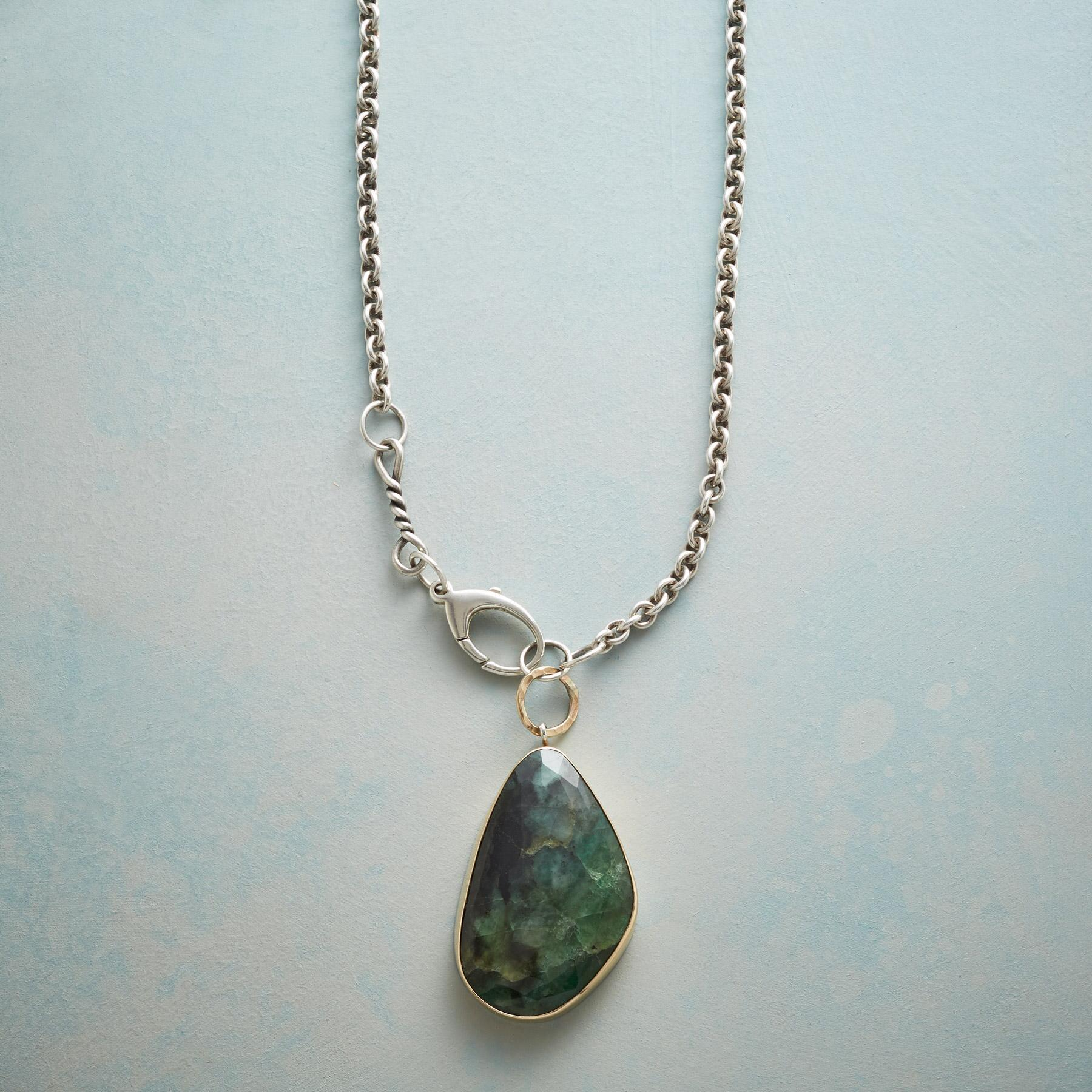 ELOQUENT EMERALD NECKLACE: View 1