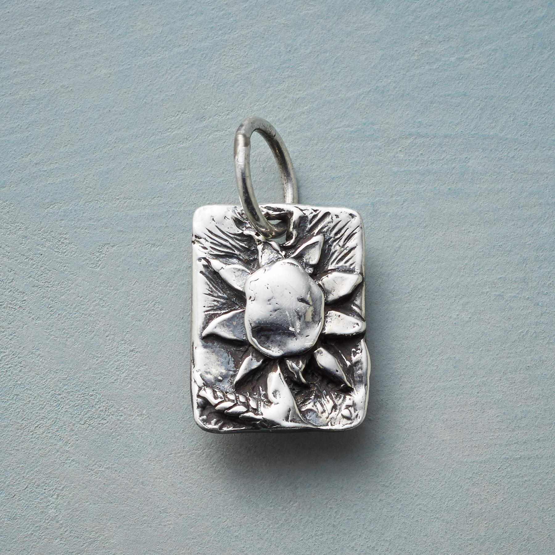 STERLING SILVER SUNNY FLOWER CHARM: View 1
