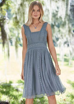 JOLI EMBROIDERY DRESS - PETITES