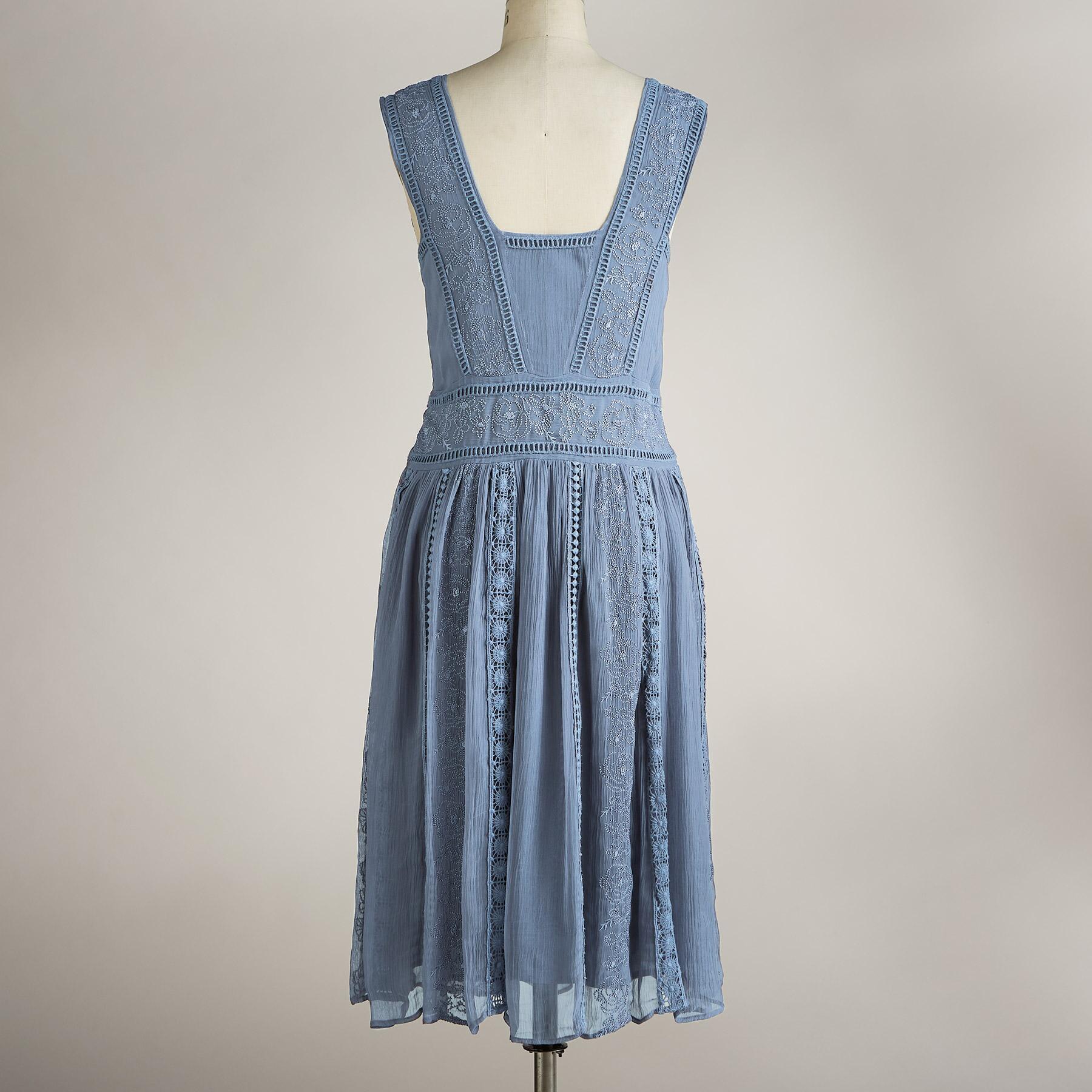JOLI EMBROIDERY DRESS PETITE: View 2