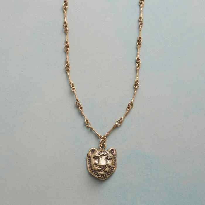 LIONESSE NECKLACE