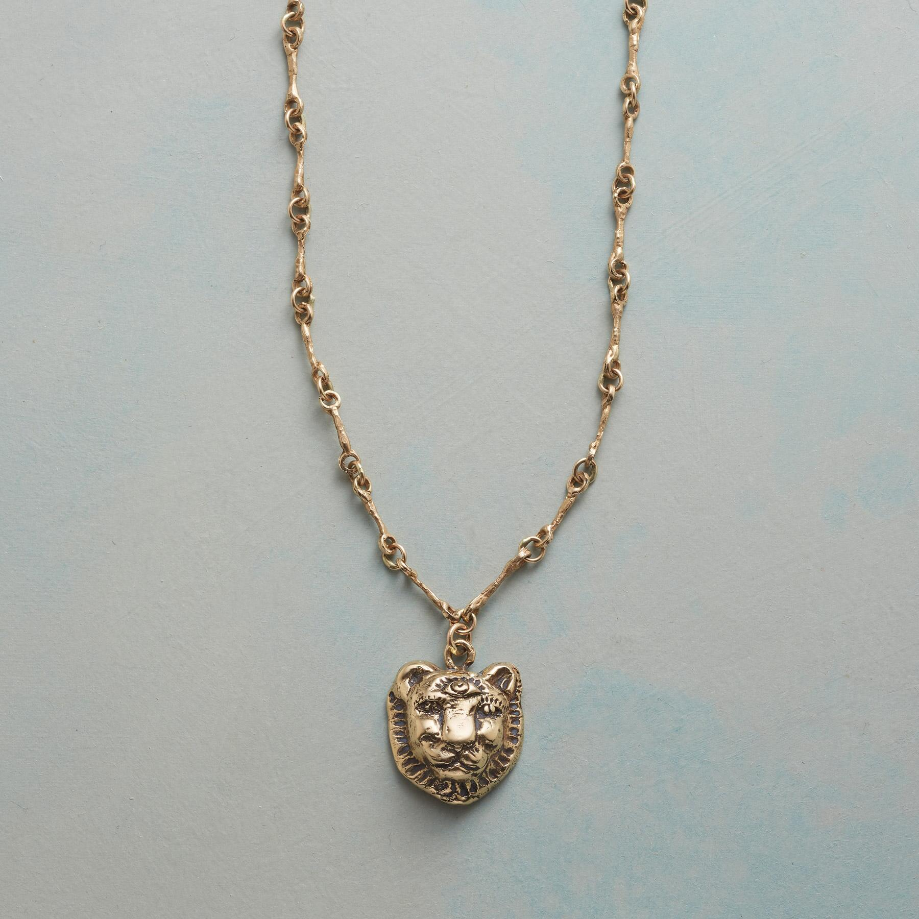 LIONESSE NECKLACE: View 1