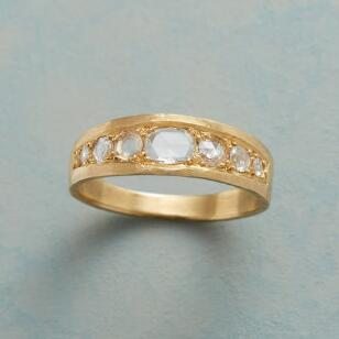 GLISTEN DIAMOND RING