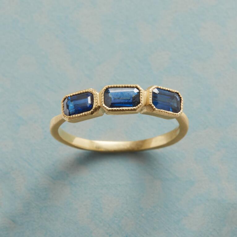 BIG ON BLUE SAPPHIRE RING