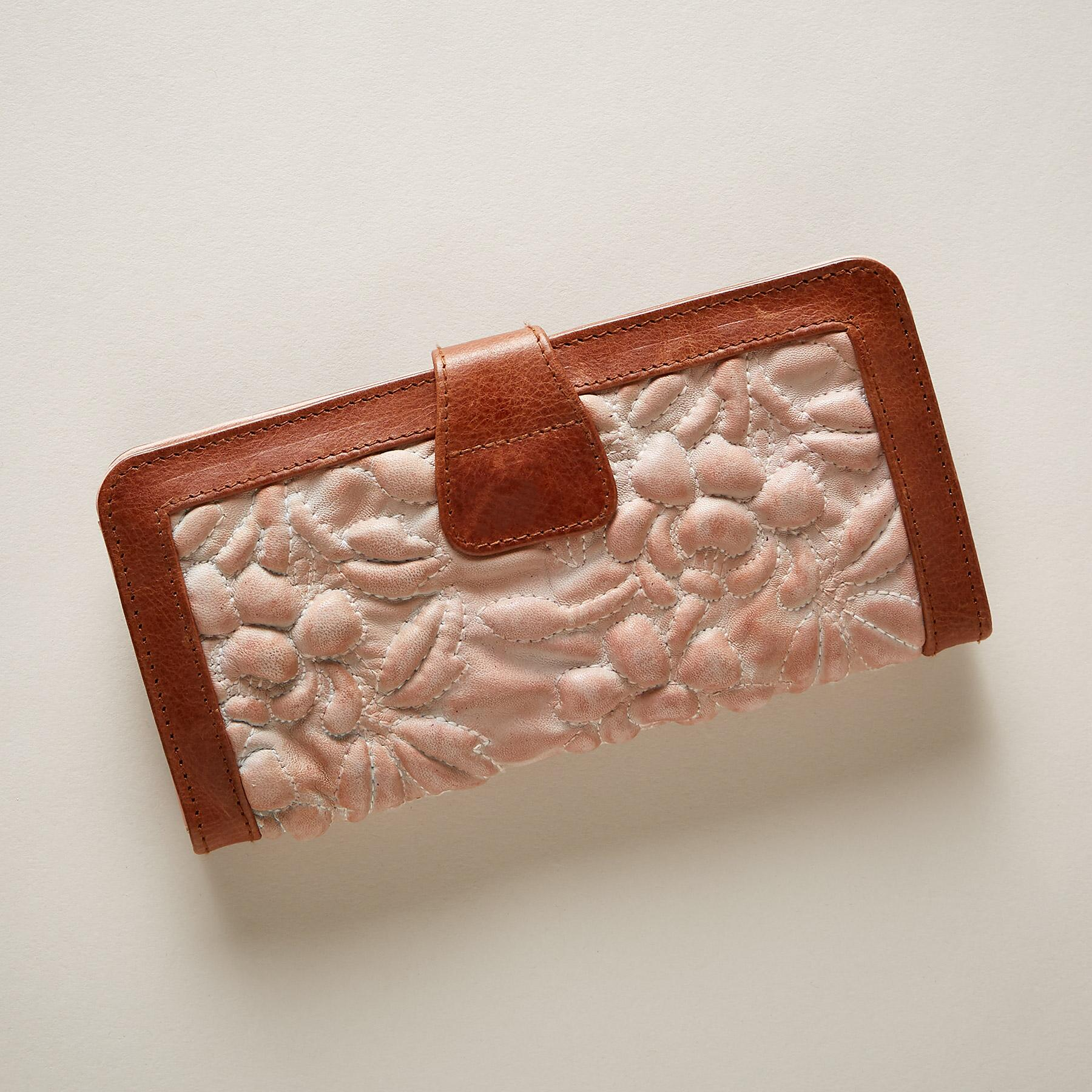 MILAGROS WALLET: View 2