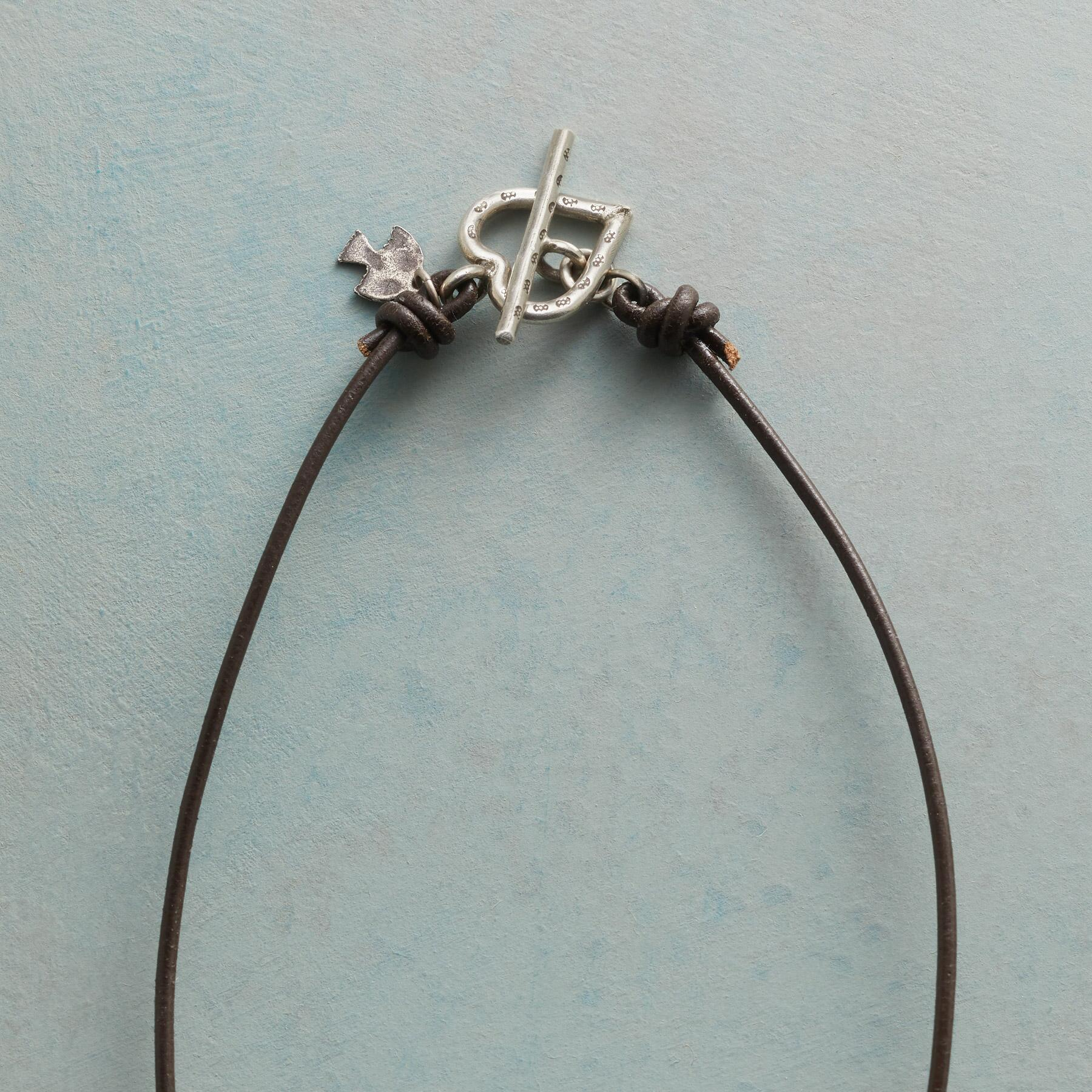 AMOR NECKLACE: View 3