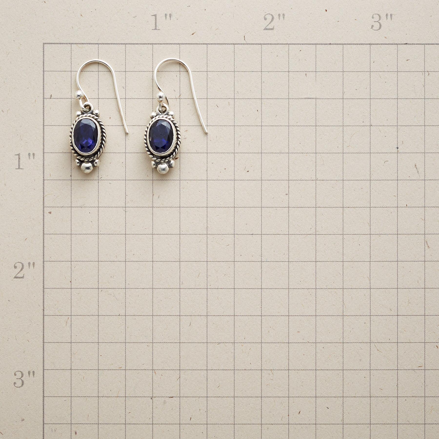 LADY VICTORIA EARRINGS: View 2