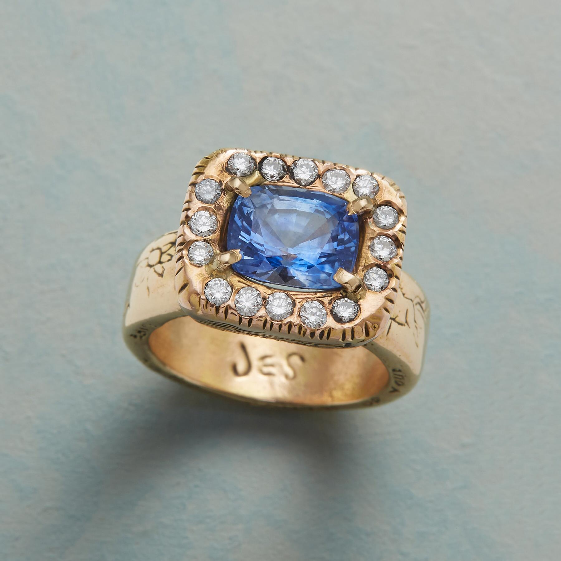 HER MAJESTY'S SAPPHIRE RING: View 1