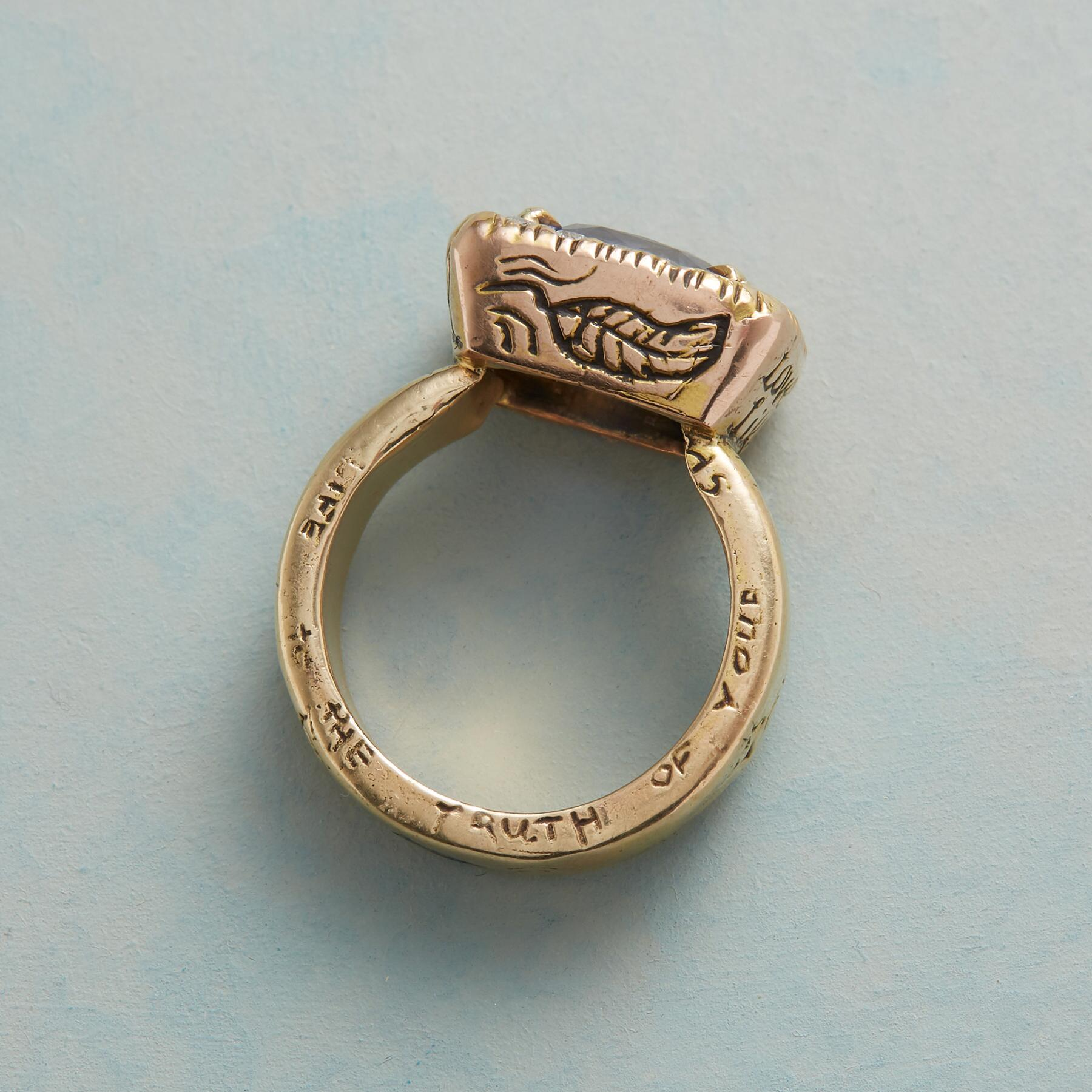 HER MAJESTY'S SAPPHIRE RING: View 3