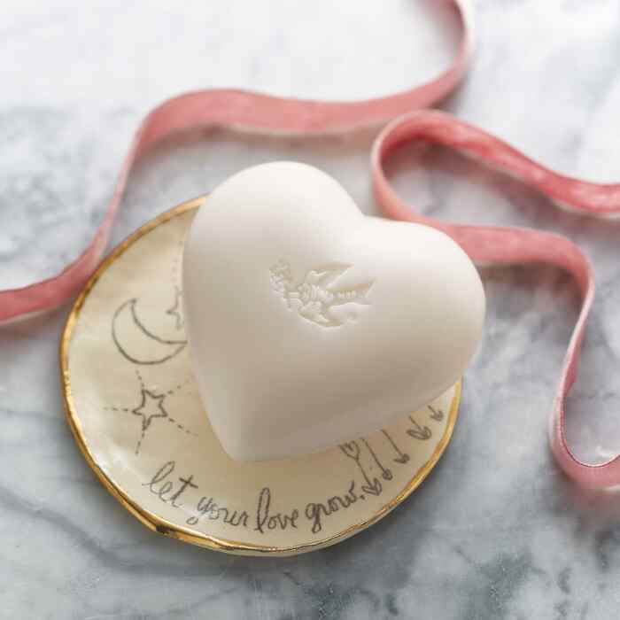 NATURAL LOVE SOAP