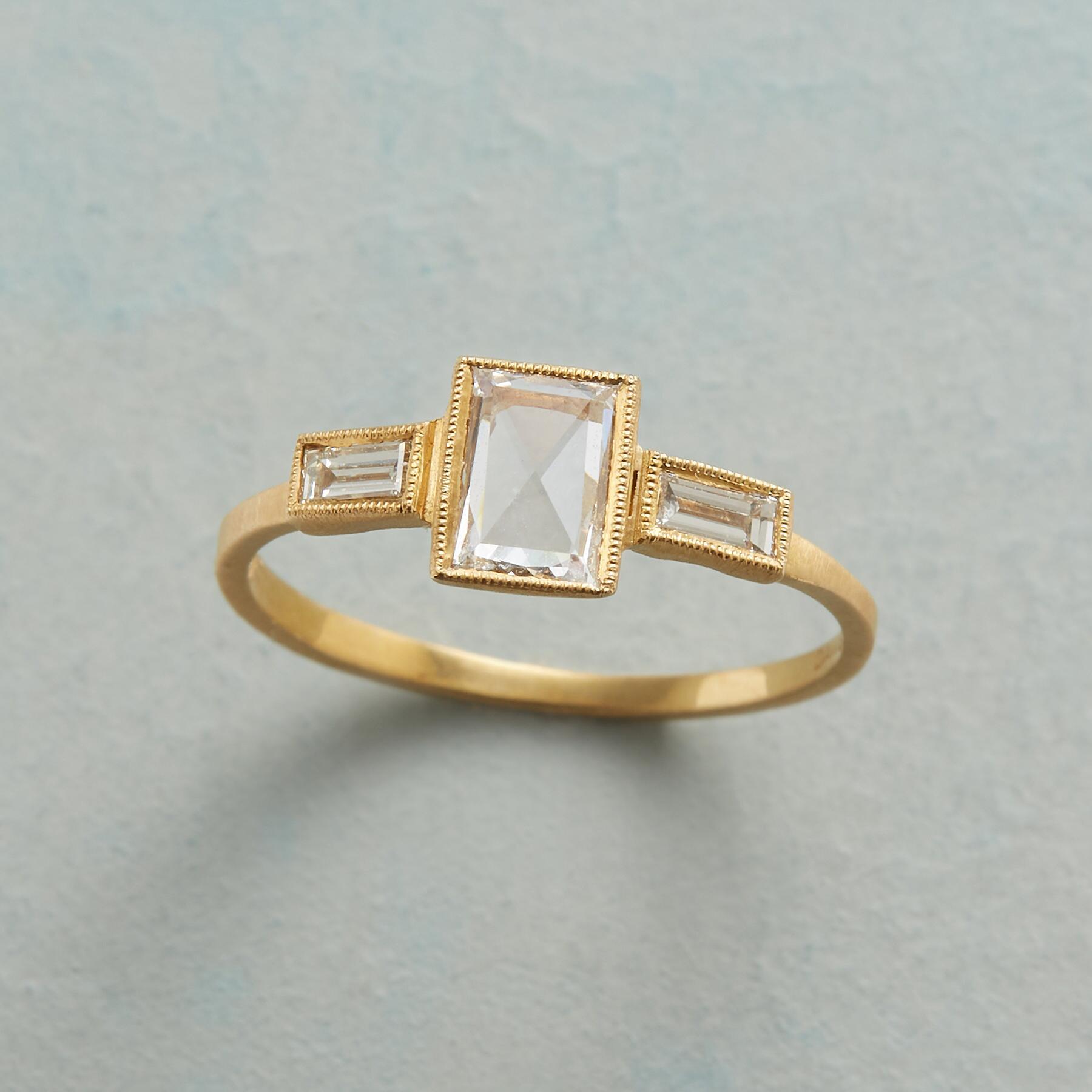 SOMERSET DIAMOND RING: View 1