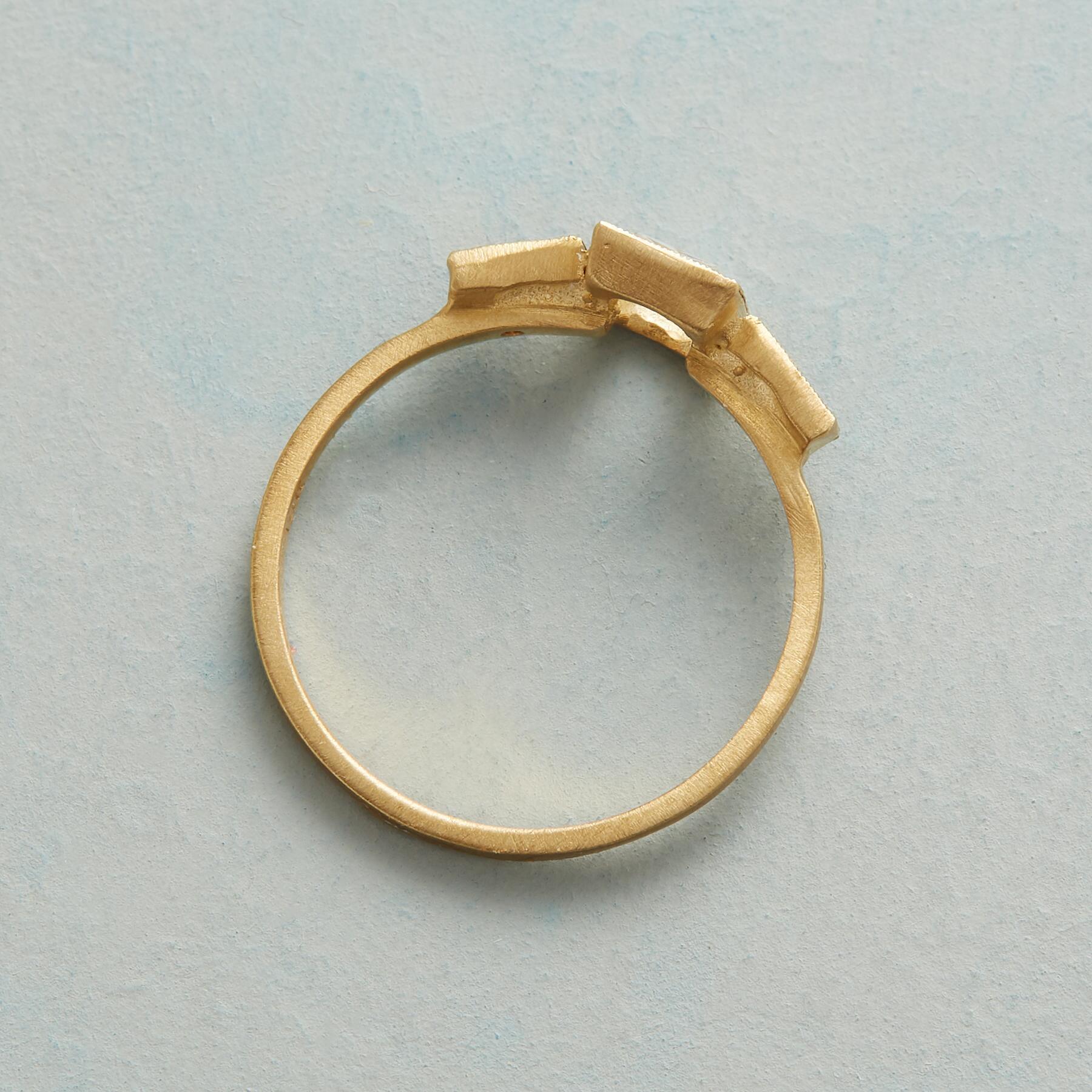 SOMERSET DIAMOND RING: View 2