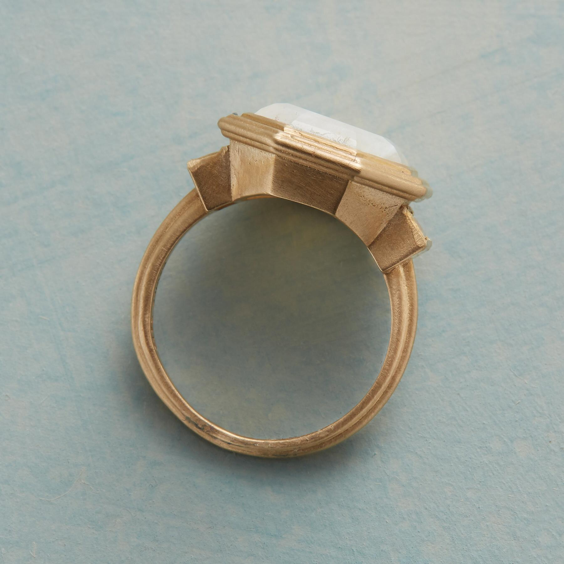 CLAIR DE LUNE RING: View 2