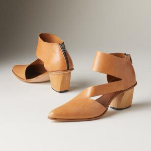 FACADE SHOES