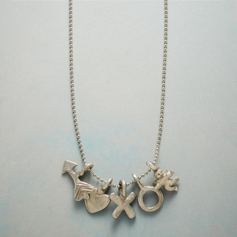 CUPIDS BOW NECKLACE