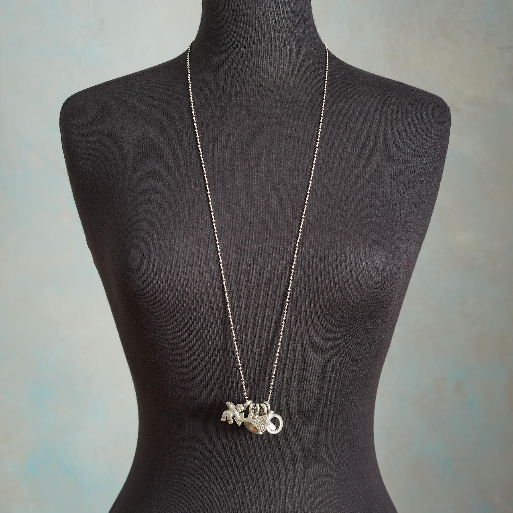 CUPIDS BOW NECKLACE: View 3