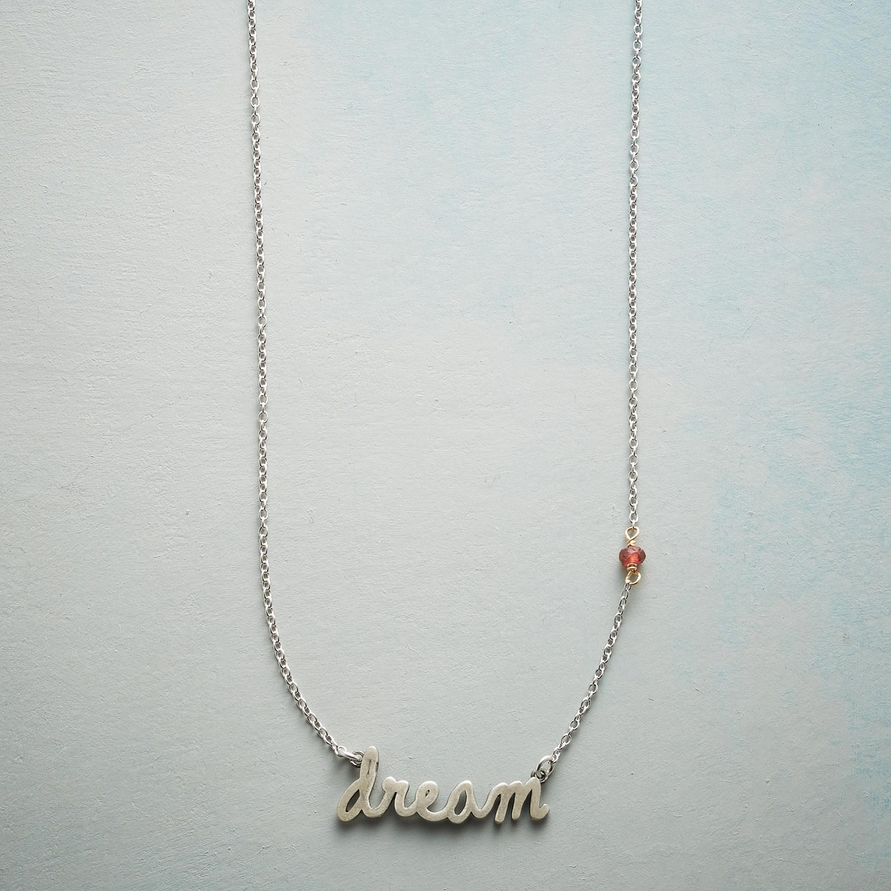 SS DREAM NECKLACE: View 1