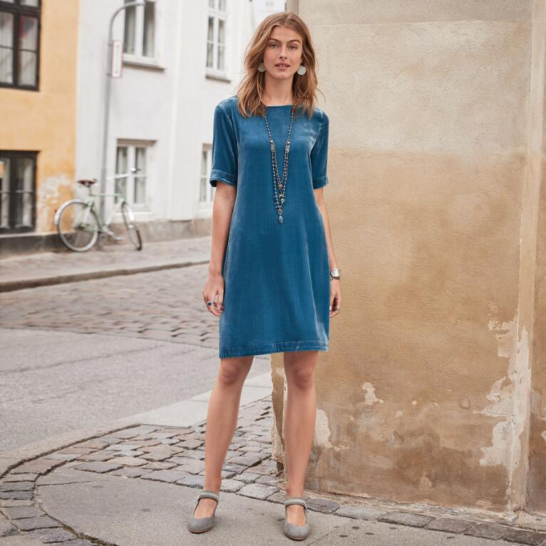 THE BEST SPRING VELVET DRESS EVER