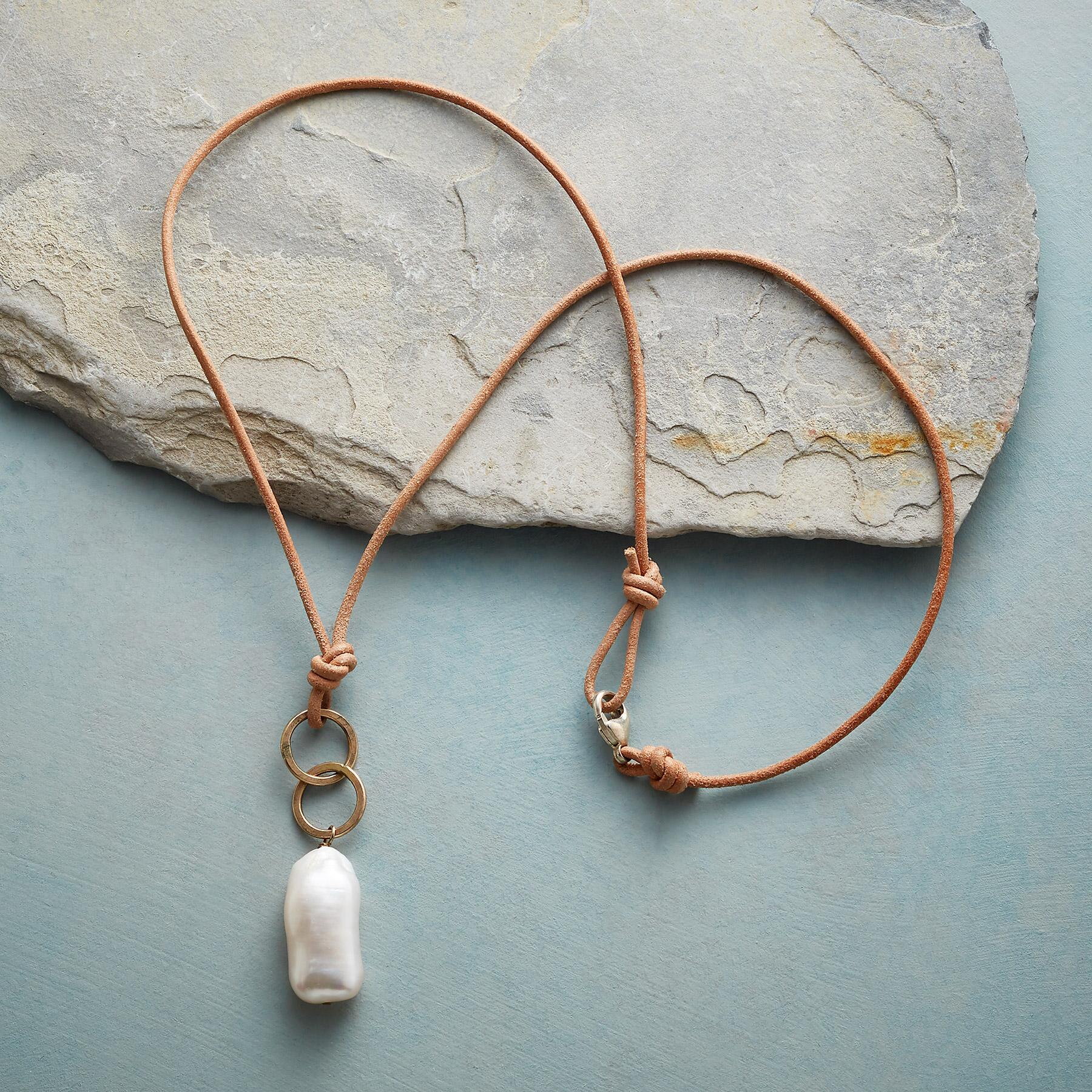 FARAWAY PLACES NECKLACE: View 2