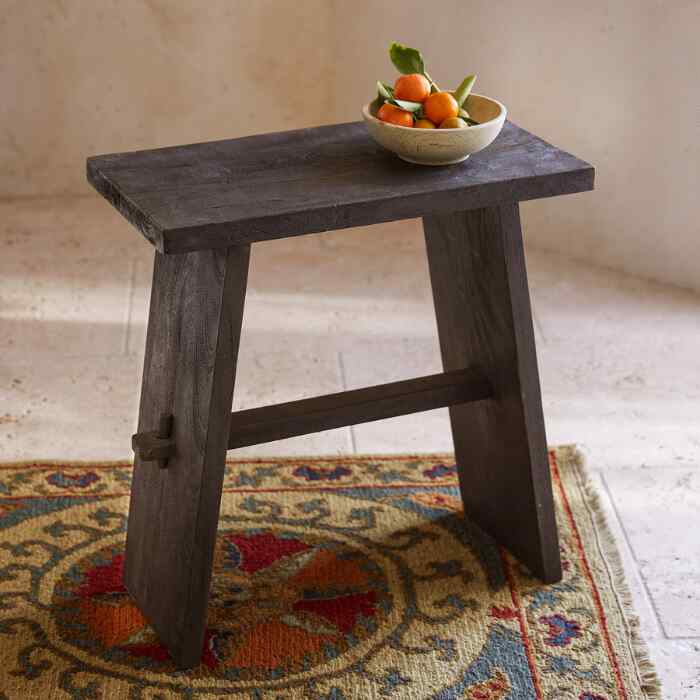 ARLO SIDE TABLE