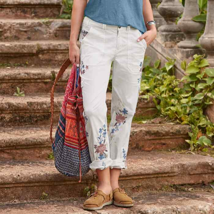 BLOOM EMBROIDERED CARGO PANTS