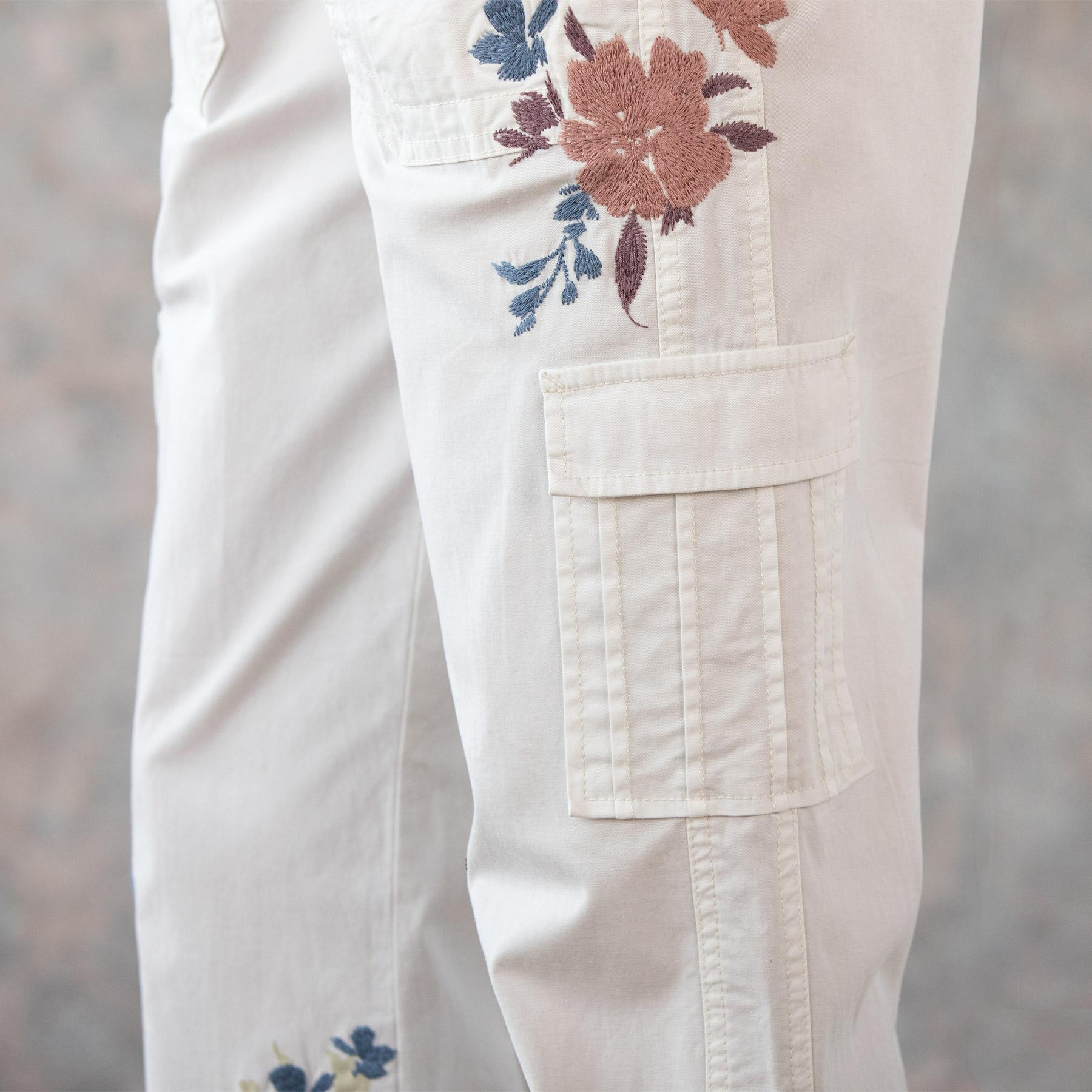 BLOOM EMBROIDERED CARGO PANTS - PETITES: View 5
