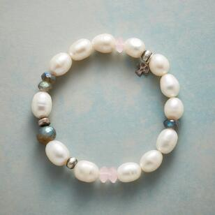 BETWEEN PEARLS BRACELET