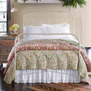 BEATRICE LIGHTWEIGHT QUILT