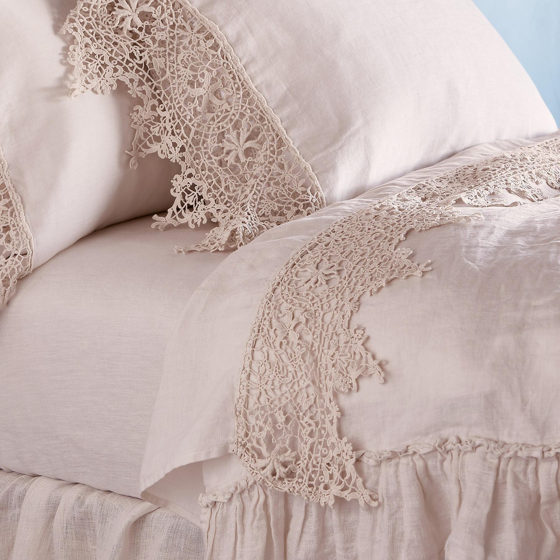 Gossamer Linen Lace Flat Sheet: View 1