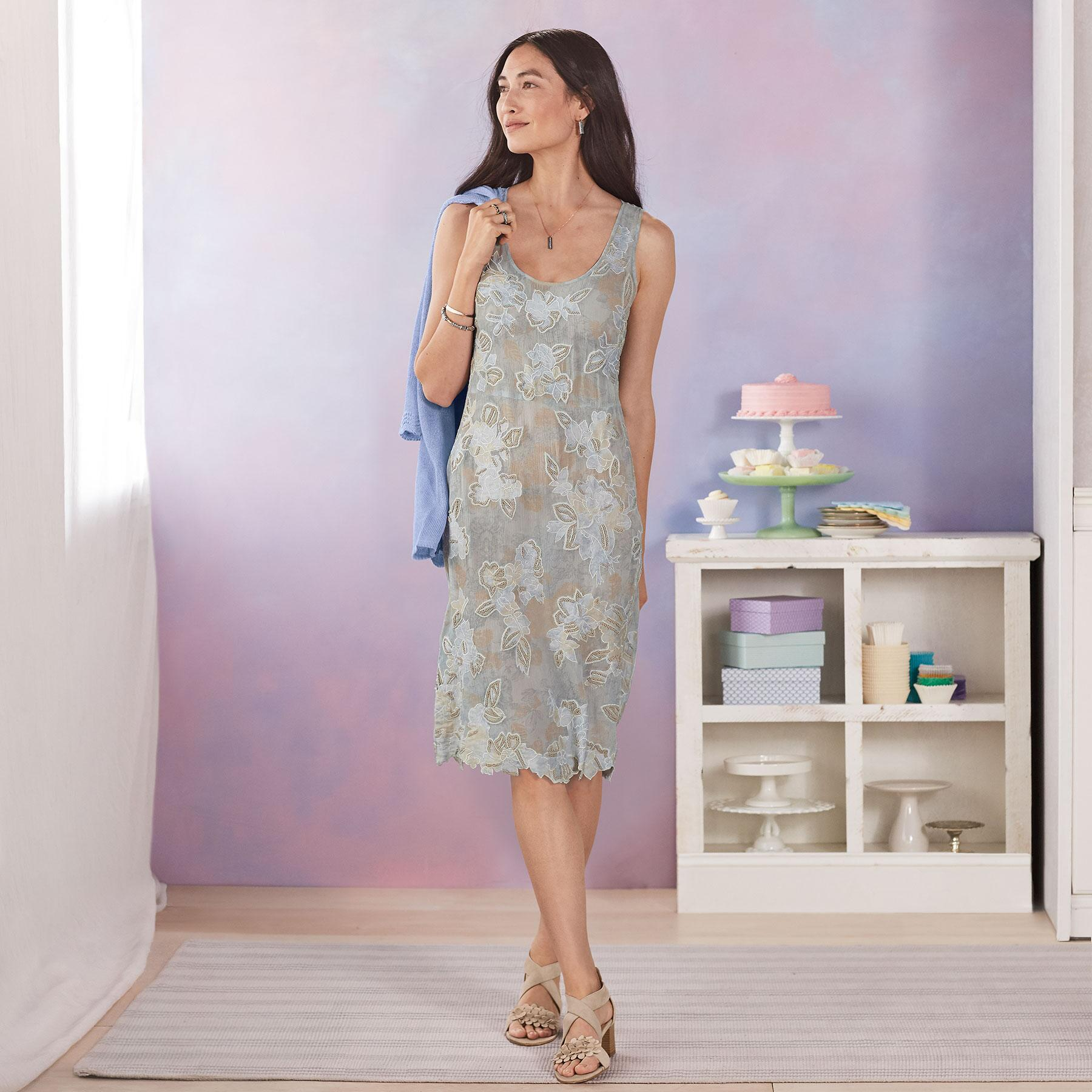 MOONSHADOW DRESS: View 1