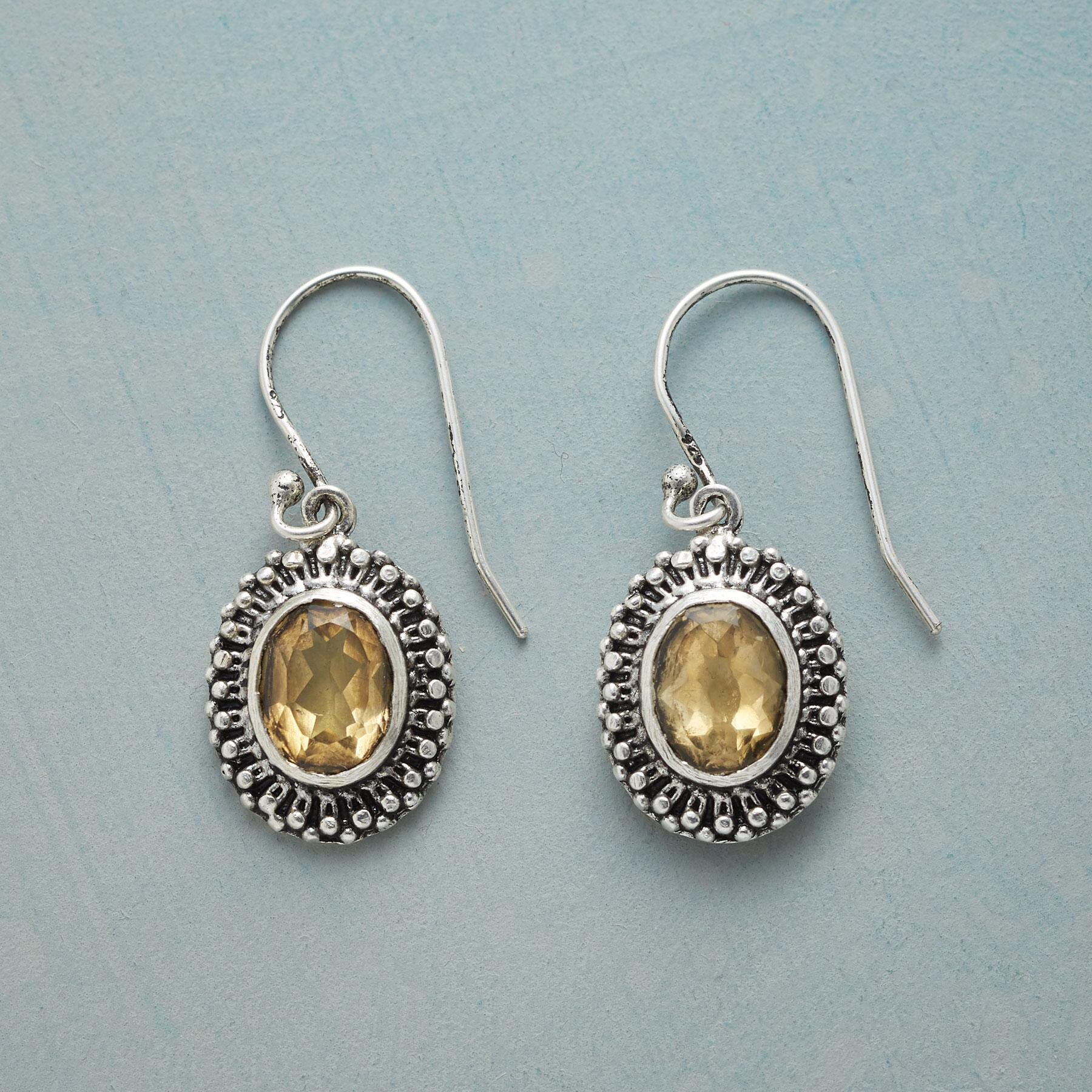 CROWN POINT EARRINGS: View 1