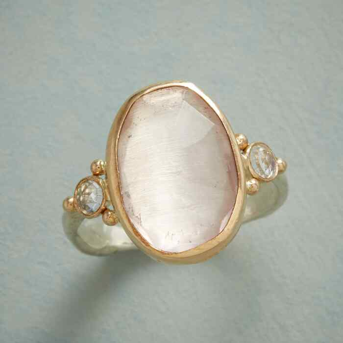 ROSE QUARTZ SHIMMER RING