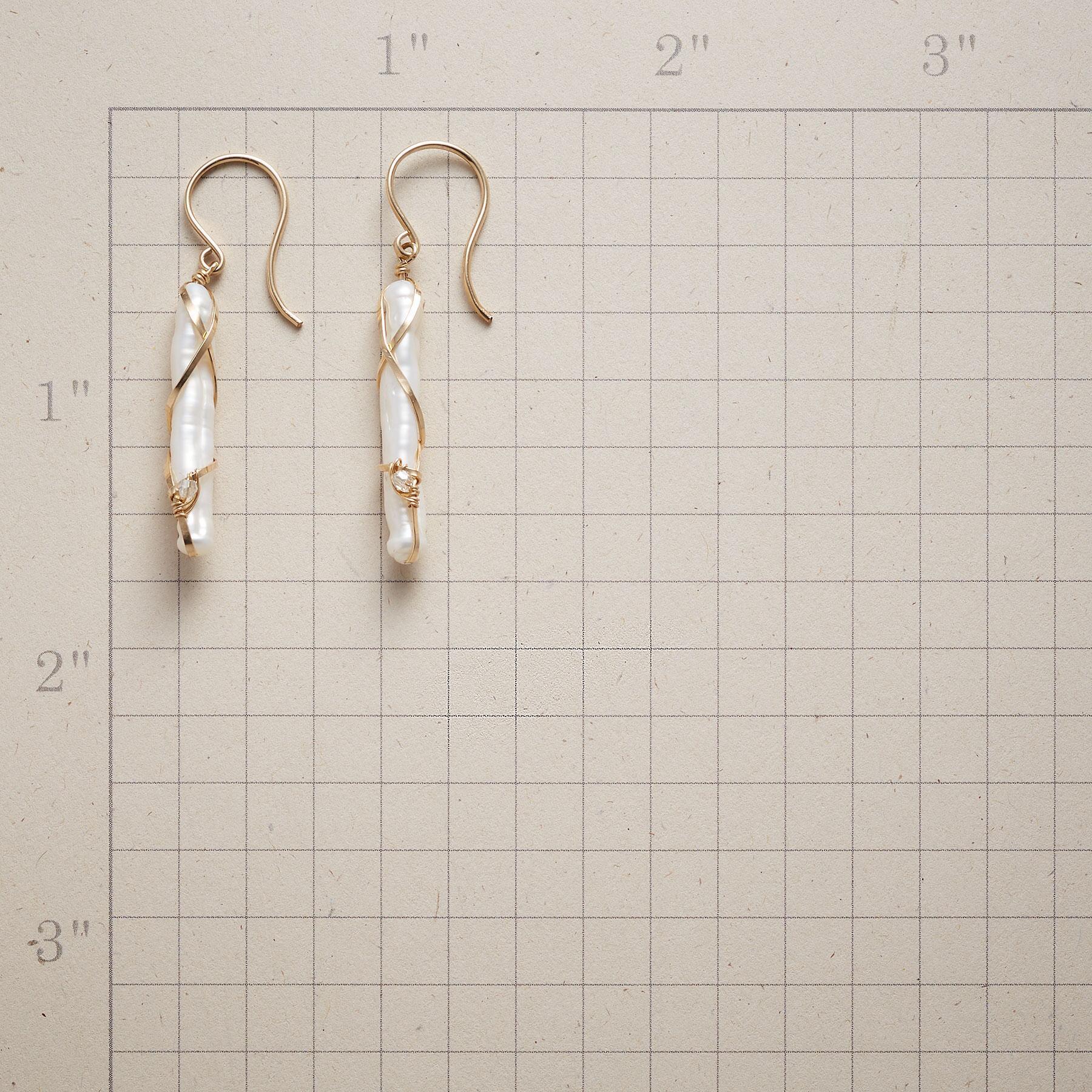 COLONNADE EARRINGS: View 2