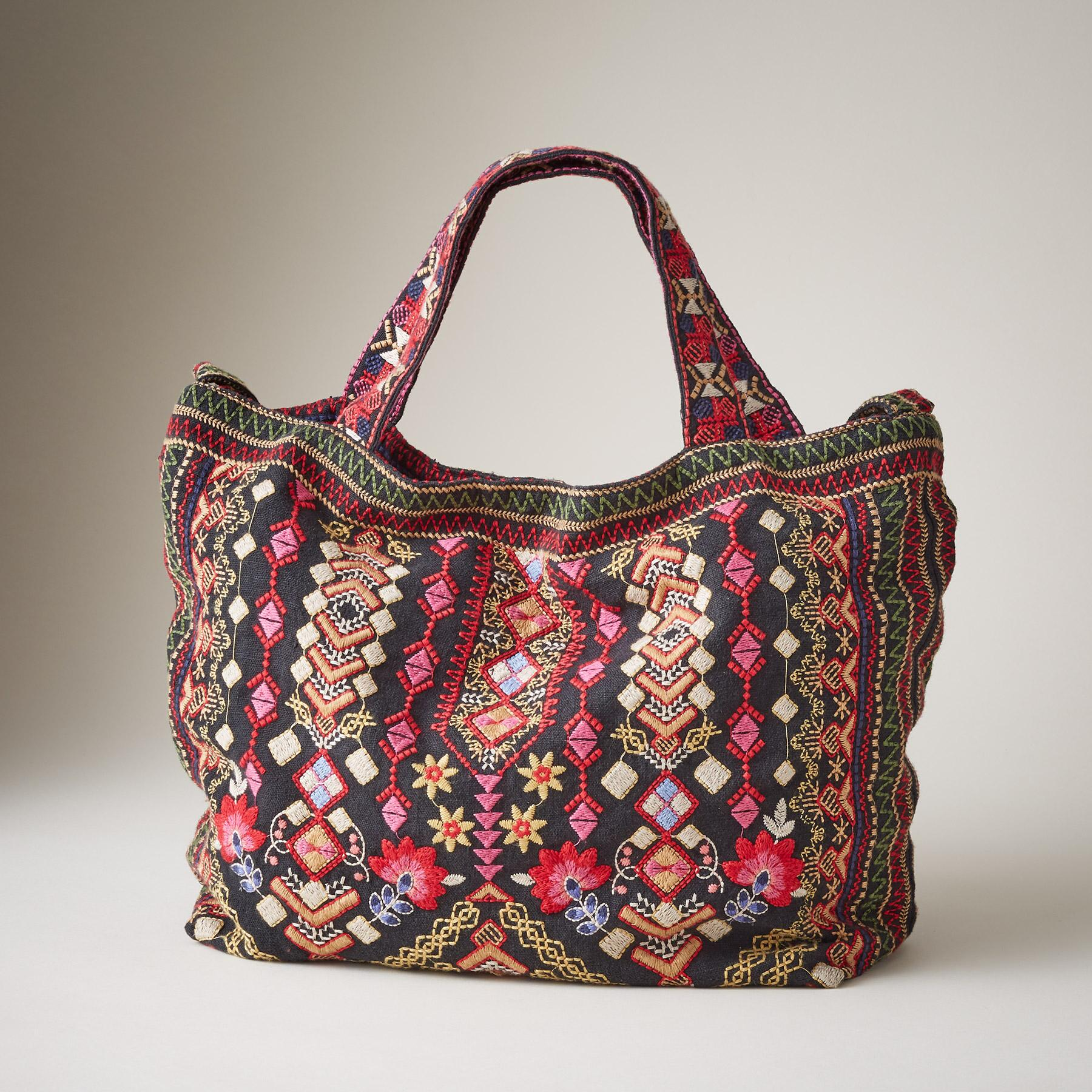 MANDALA MEADOWS TOTE: View 2