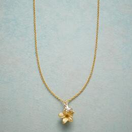 PLUMERIA SIMPLY CHARMING NECKLACE