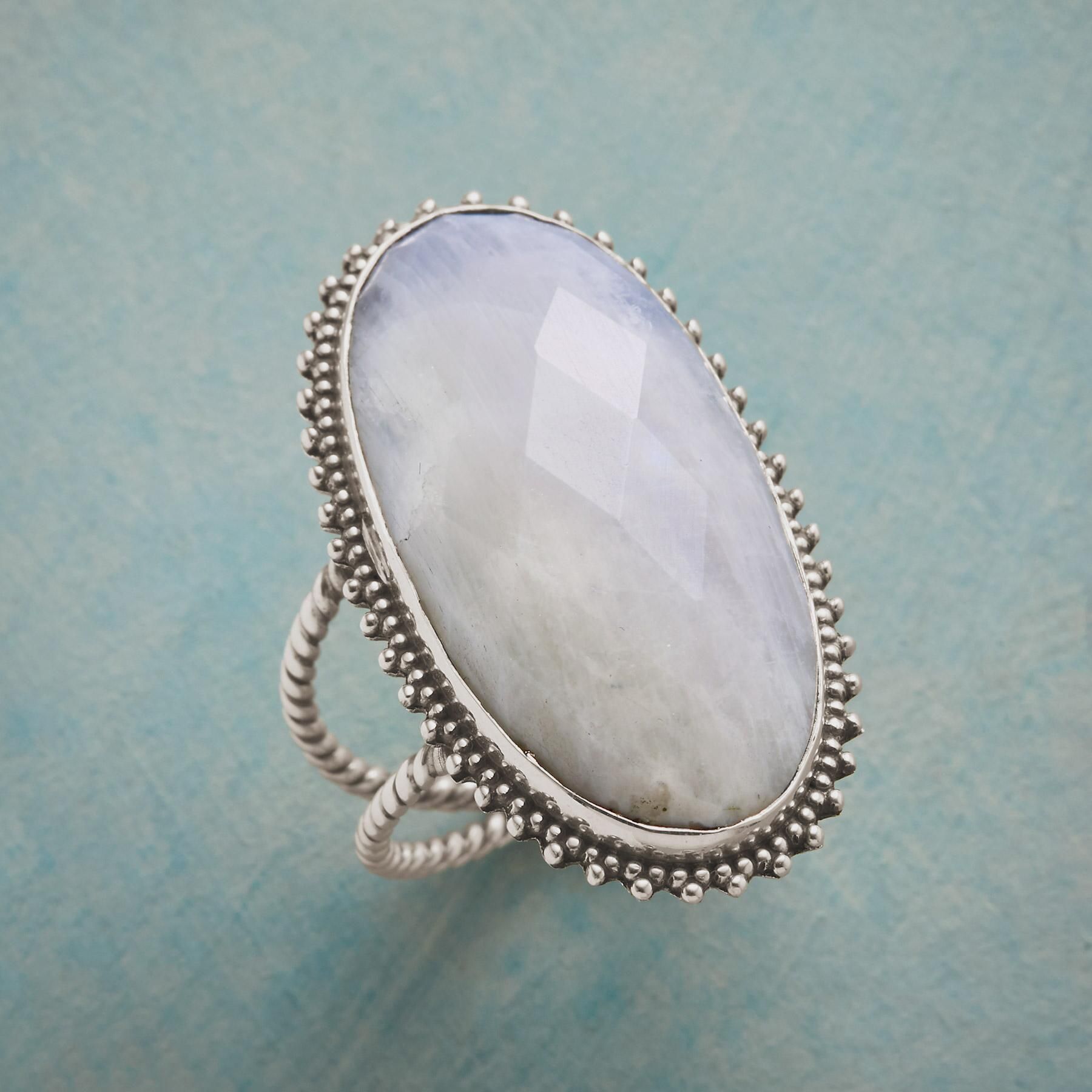 DIVINITY RING: View 1