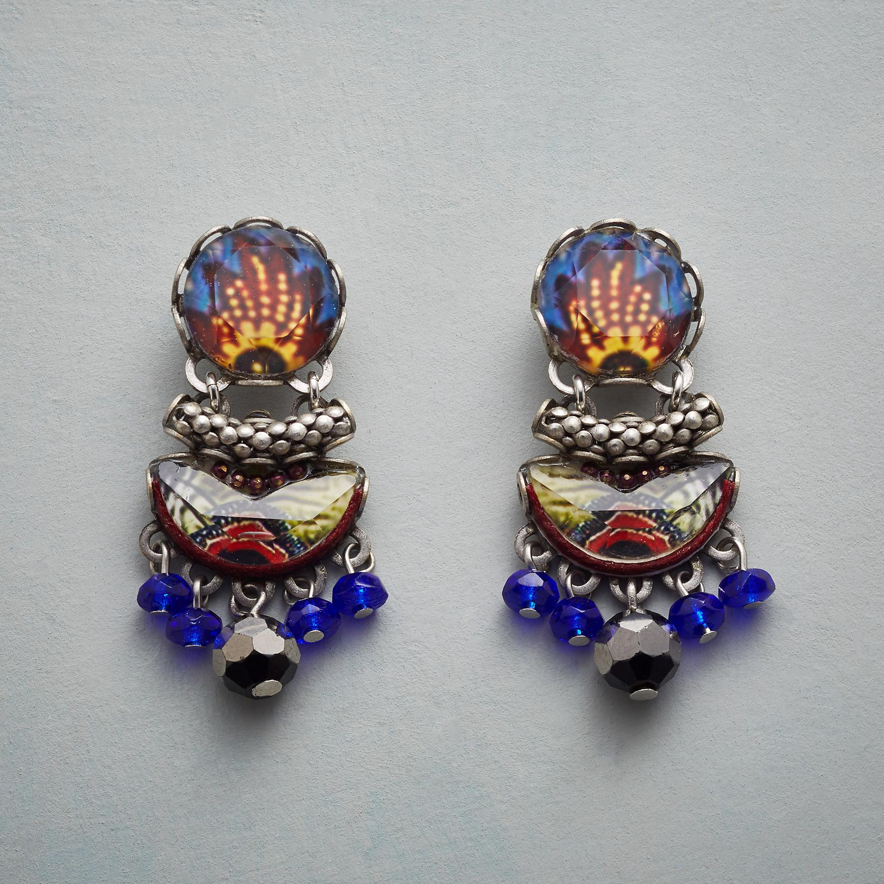 DUTCH GARDEN EARRINGS: View 1