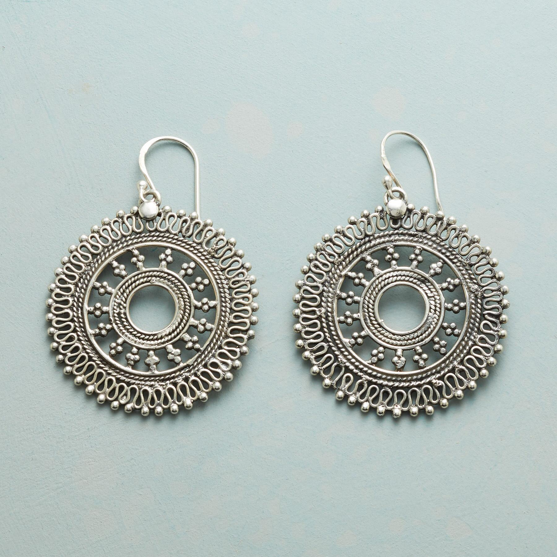MERRY MANDALA EARRINGS: View 1