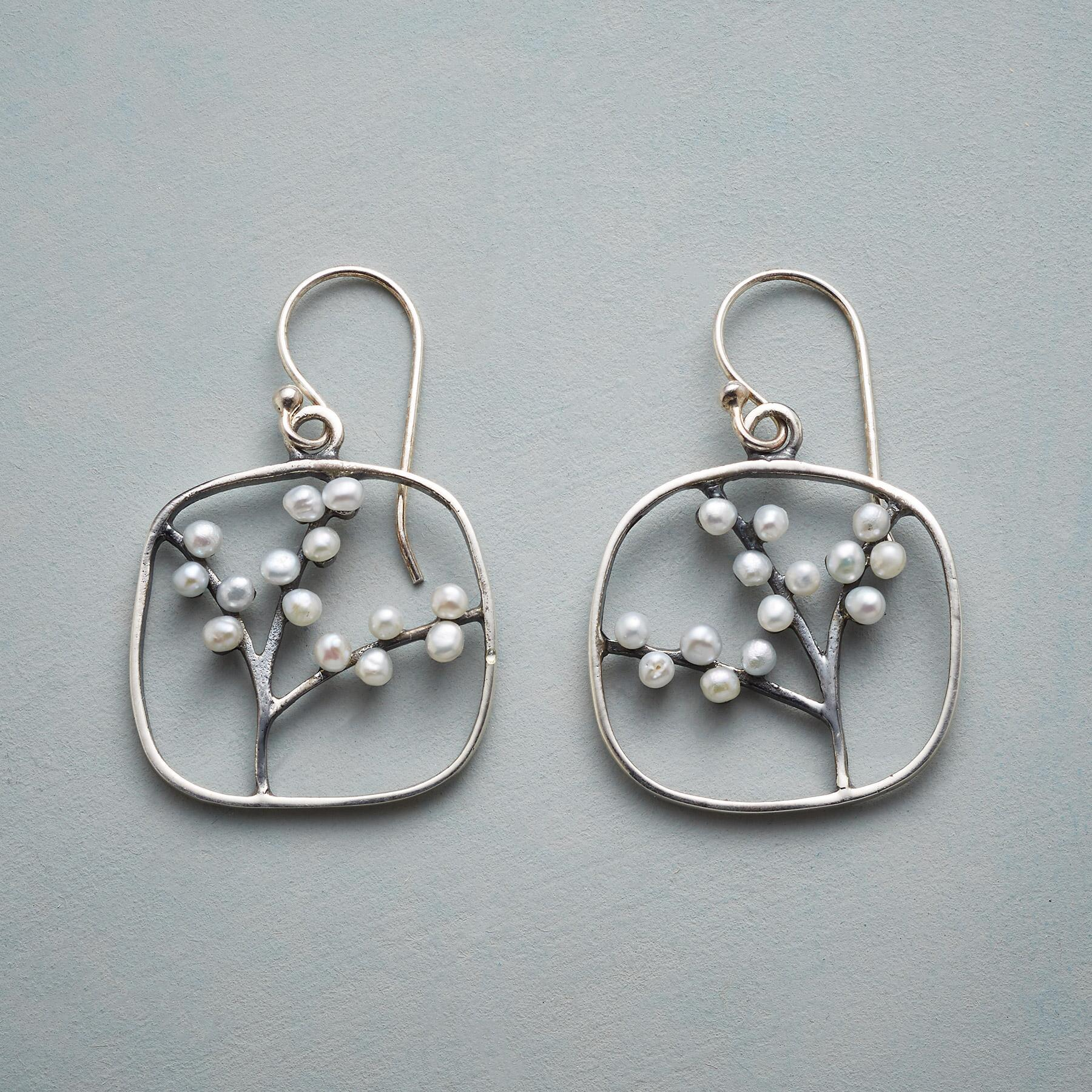 BRANCHES IN BLOOM EARRINGS: View 1