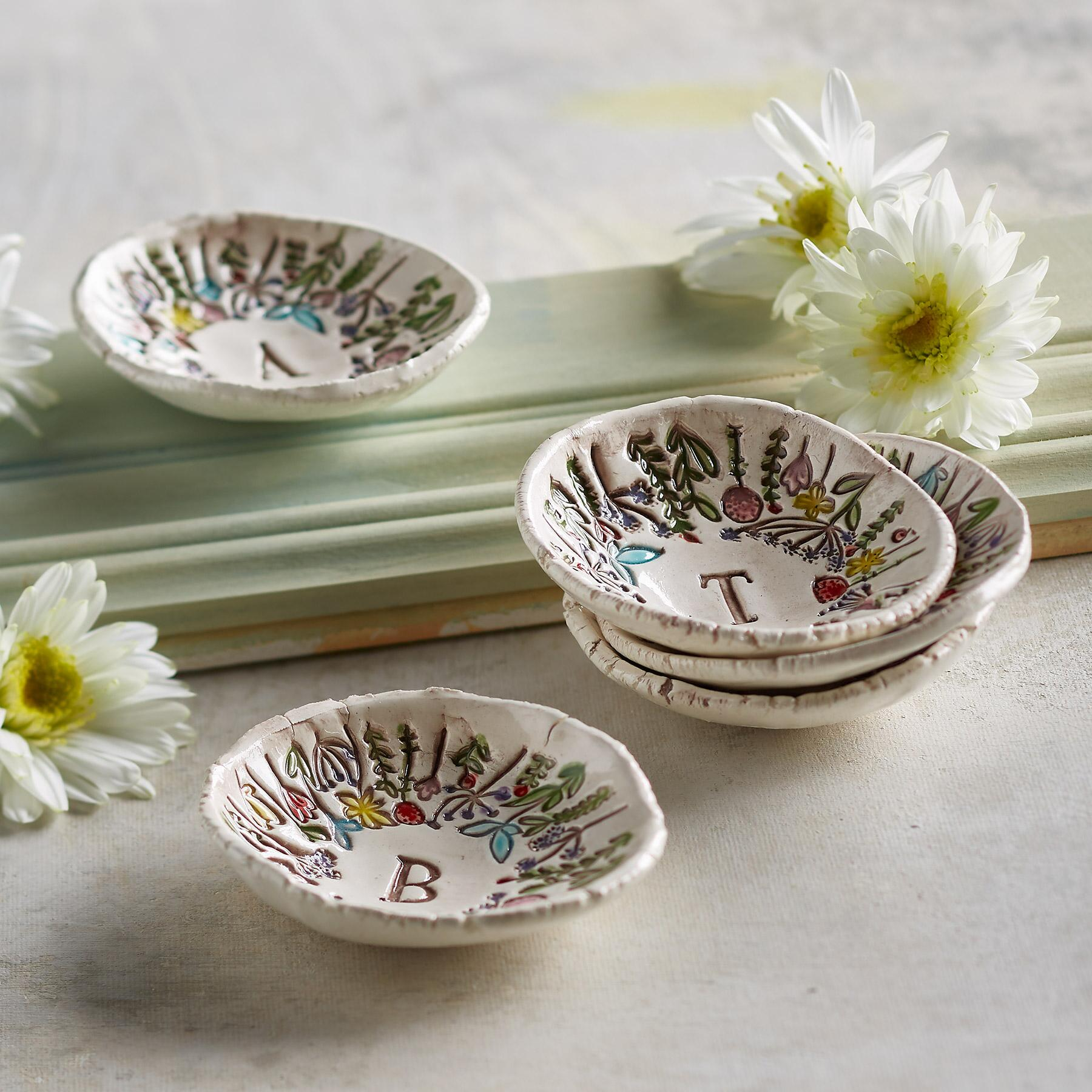 FLORAL INITIAL DISH: View 2