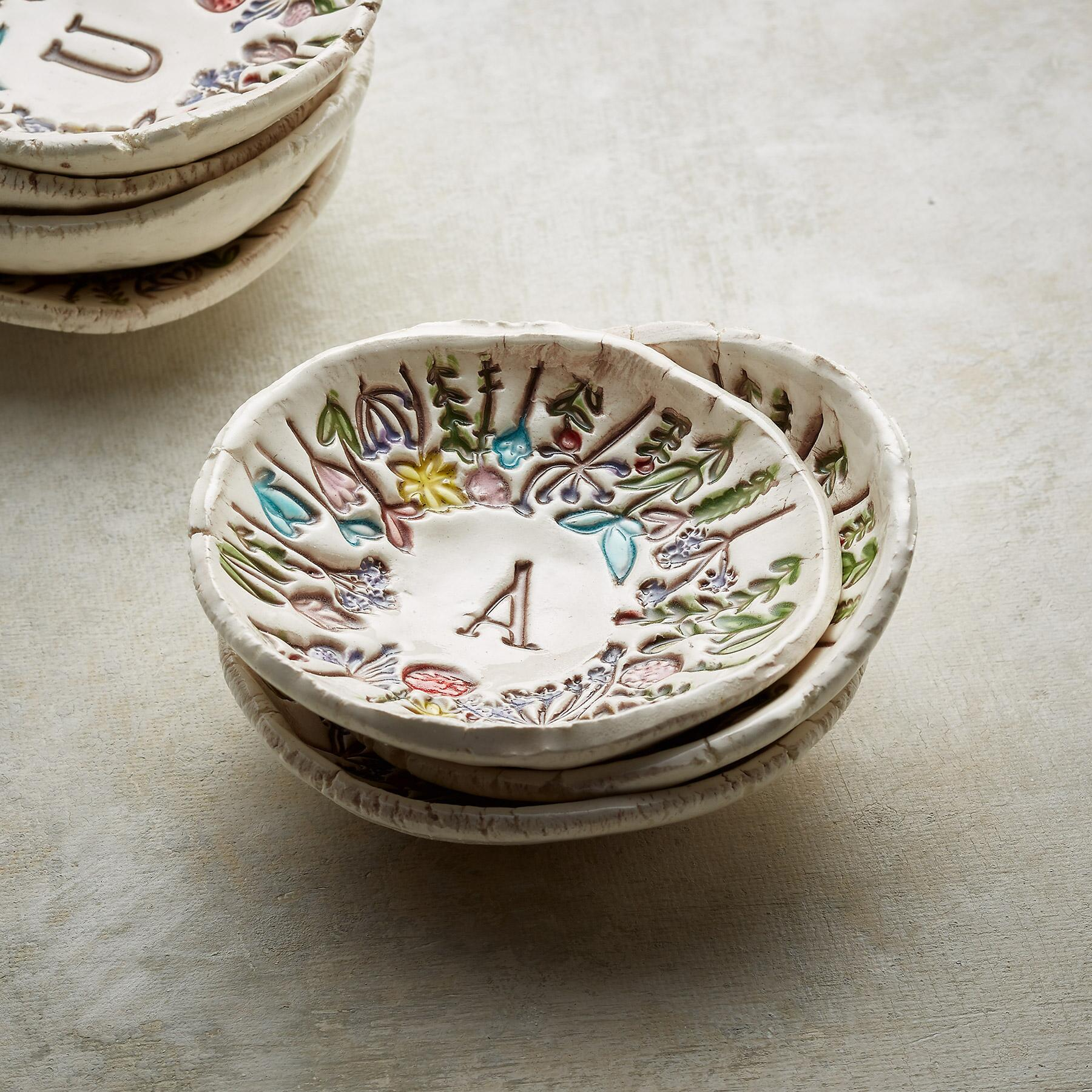FLORAL INITIAL DISH: View 3