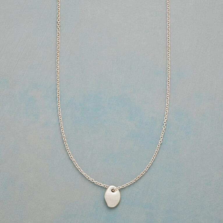 LUCKY STONE NECKLACE