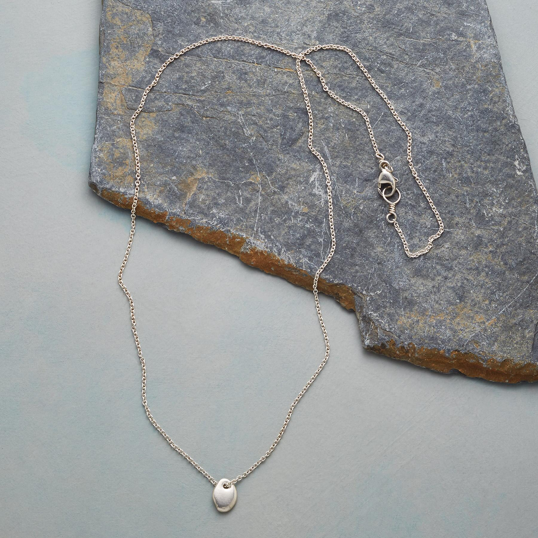 LUCKY STONE NECKLACE: View 2